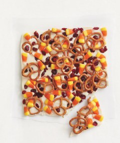 candy-corn-and-pretzel-bark300